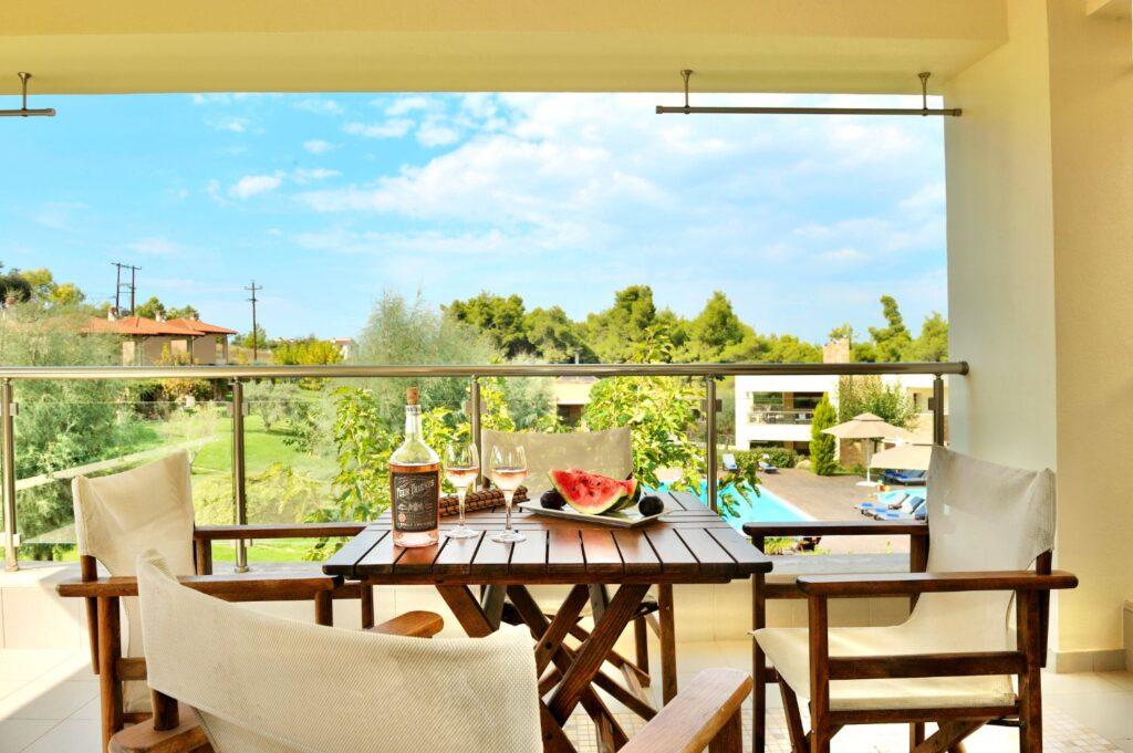 Polyastron Premium Suite Balcony